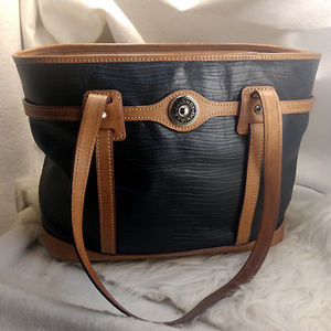Authentic Black Dooney & Bourke Purse Handbag